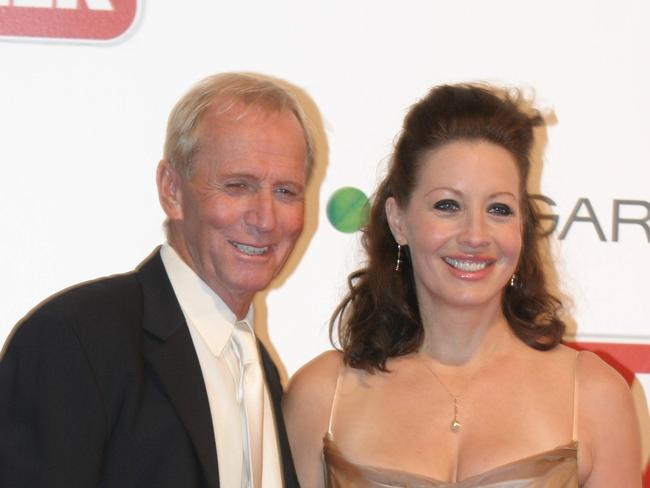 Happier times ... Paul Hogan and Linda Kozlowski at the 2004 Logie Awards in Melbourne.