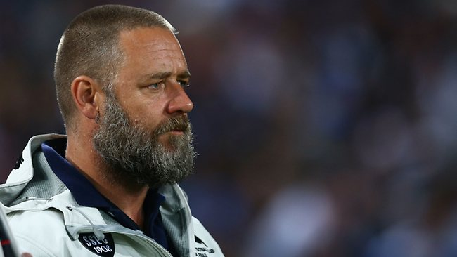 Russell Crowe watches on during the NRL preliminary final between the Bulldogs and Souths at ANZ Stadium.