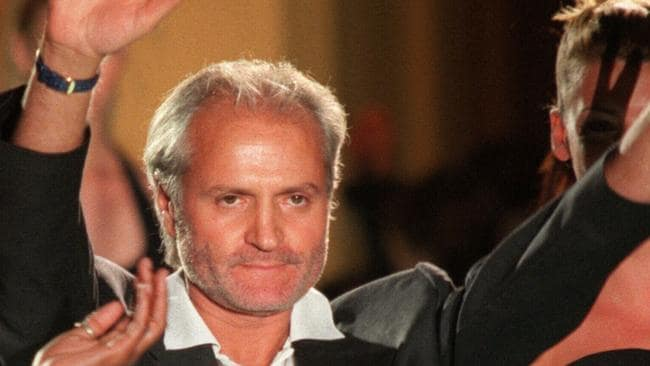 Italian fashion designer Gianni Versace after a show in Paris. 07/96. P/