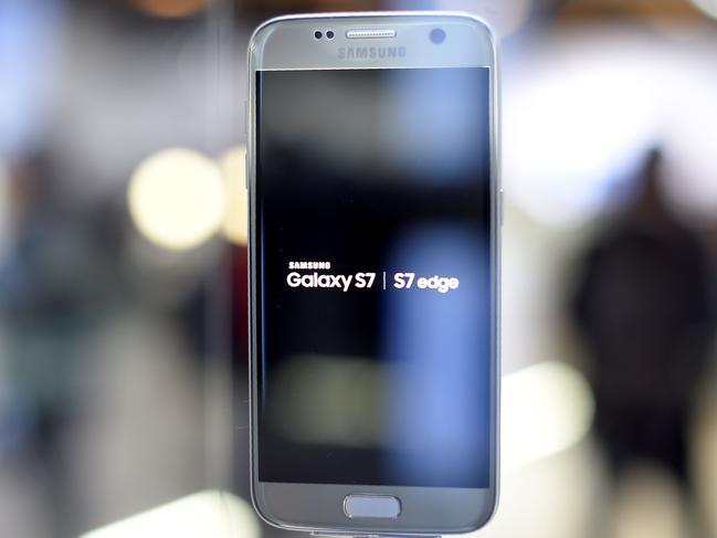 Leaked photos: the new Galaxy 8?