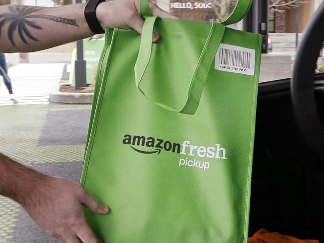Amazon tests grocery pick-up