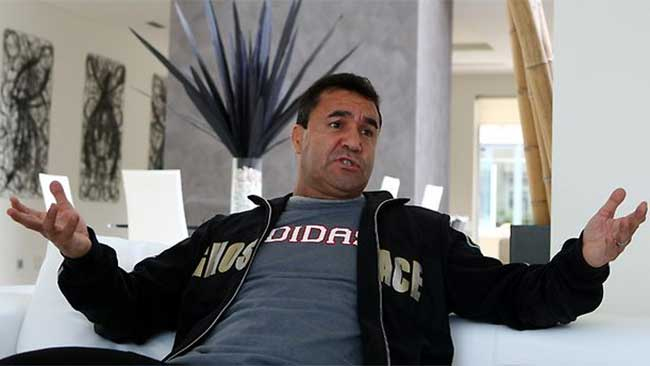 SHOW ME THE MONEY: Jeff Fenech says he is out of pocket over the Mundine-Mosley farce.