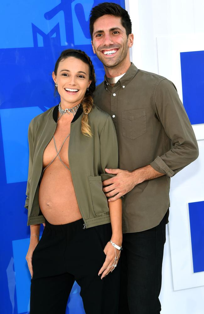 Nev Schulman and girlfriend Laura Perlongo attend the 2016 MTV Video Music Awards. Picture: Jamie McCarthy/Getty Images