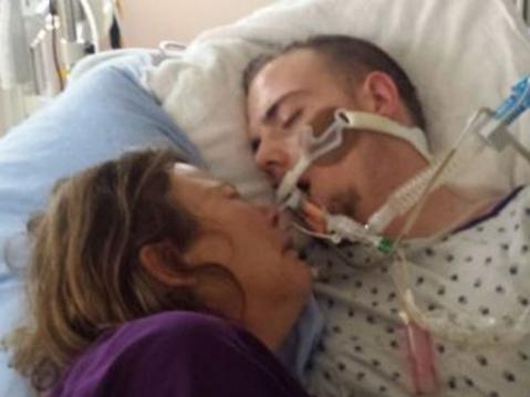 Mum shares heartbreaking photo of dying son