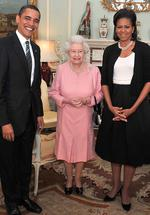 <p>US President Barack Obama and his wife Michelle, pose with Britain's Queen Elizabeth II during an audience at Buckingham Palace in London.</p>