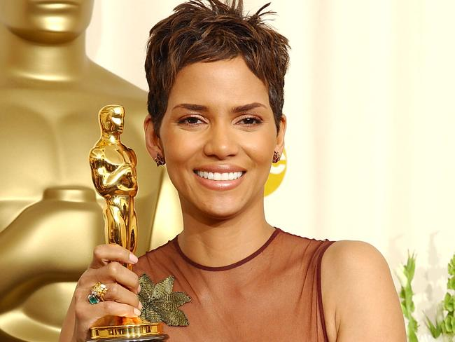 Best Actress winner Halle Berry holds her Oscar statuette backstage at the 74th Annual Academy Awards.