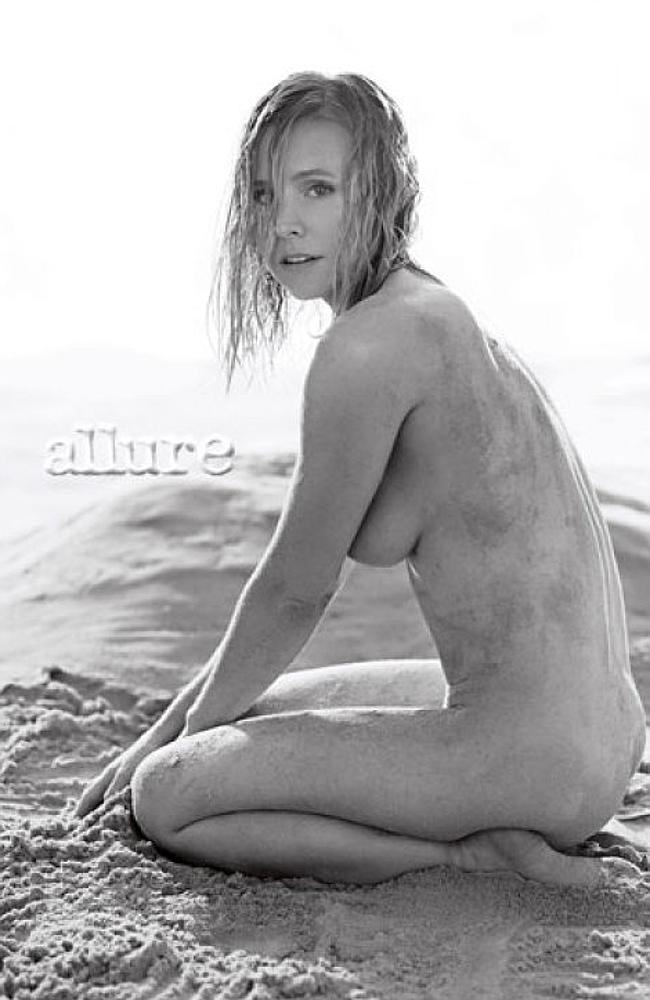 Actress Kristen Bell looks incredible in the shoot for Allure magazine.