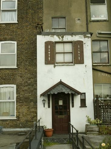 Jimmy Nicol's old flat in London.