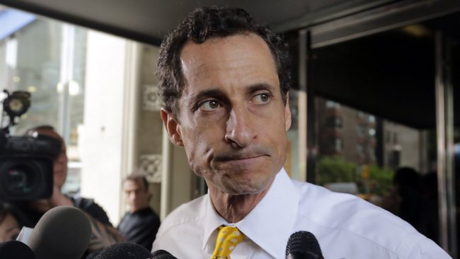 Anthony Weiner admits to yet more sexting