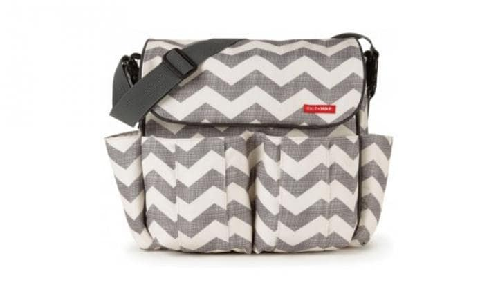 skip-hop-dash-messenger-nappy-bag-chevron