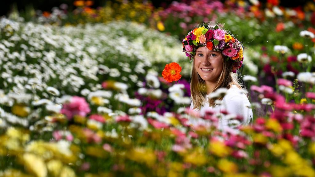 Rachael Bryant gets ready for the Toowoomba Carnival of Flowers. Picture: Adam Head
