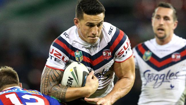 Sonny Bill Williams is still two weeks away from returning to the NRL due to a thumb fracture.