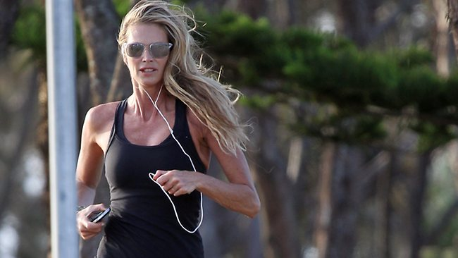 Elle Macpherson still exercising while on holidays in Byron Bay. Picture: Oceanic