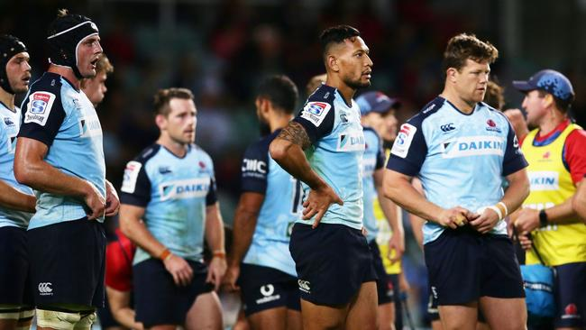 SYDNEY, AUSTRALIA — MAY 06: Waratahs players look dejected after a Blues try during the round 11 Super Rugby match between the Waratahs and the Blues at Allianz Stadium on May 6, 2017 in Sydney, Australia. (Photo by Matt King/Getty Images)