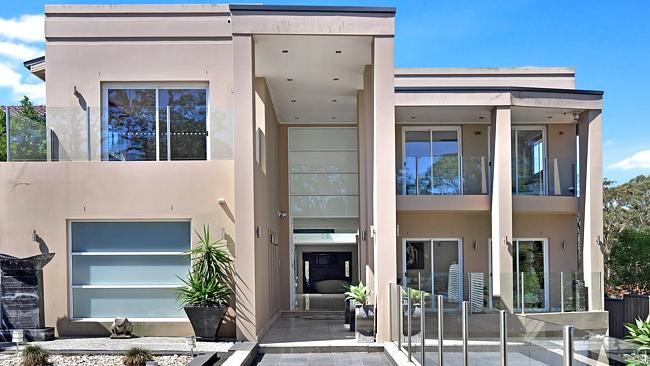 36 Forrest Rd set a new record for Ryde with $3.25 million. NSW real estate.