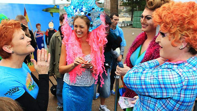 I love your hair ... Pauline Hanson and Jesinta Campbell with drag queens Christina Dior and Lola Delarte / Pic: Justin Lloyd