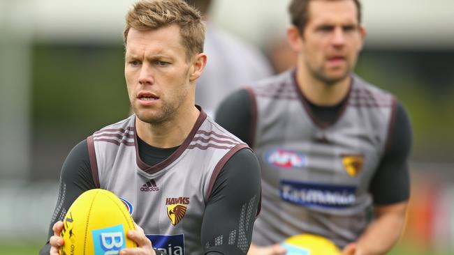 Hawthorn picked up Sam Mitchell and Luke Hodge by trading for the No.1 pick.