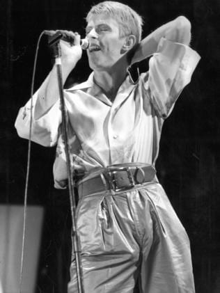 1978 ... David Bowie performing in concert at Adelaide Oval.