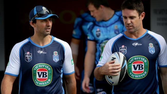 Laurie Daley, perhaps discussing a reward for his players if they win game two with Brad Fittler.
