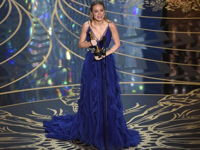 Larson accepts the Best Actress Oscar. Picture: Chris Pizzello/Invision/AP