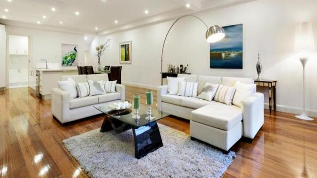 Three bidders were keen to secure 37A Aberdeen St, Aberfeldie, Victoria. Picture: realestate.com.au