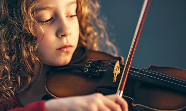 10 ways music lessons enhance your child's education