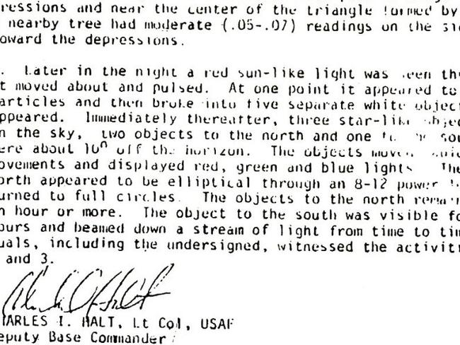 NGN Picture Library stock image scan. A copy of the USAF (United States Air Force) report on the sighting of a UFO near bases at RAF Woodbridge RAF Bentwaters in Suffolk. Rendlesham Forest incident. The event happened on 26.12.2005 but was not publicised until 1983.Alien encounter. Unidentified Flying Object.