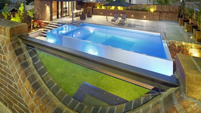 Inside melbourne s most opulent mansions for Spas that come to your house