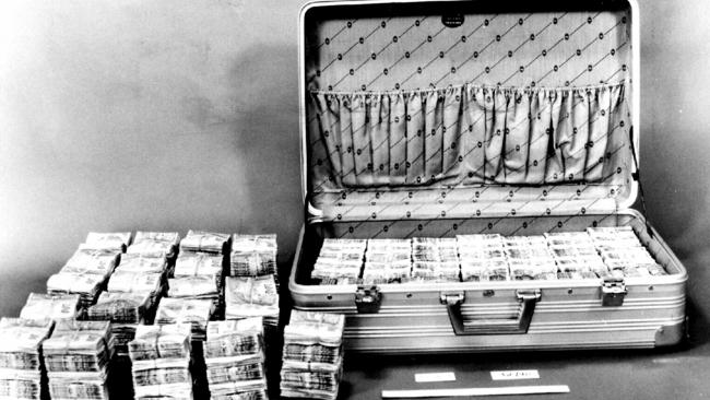 Two suitcases seized from garage in Coogee contained about $3 million of $5.45 million that was stored there