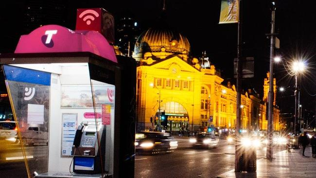 Telstra, Optus, Vodafone: How the Universal Services ...