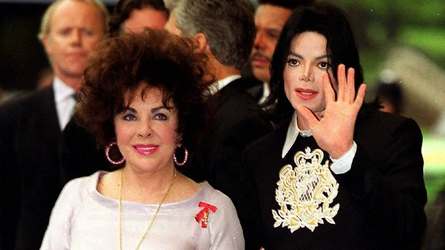 Dame Elizabeth Taylor and Michael Jackson at a gala charity concert in 2000.