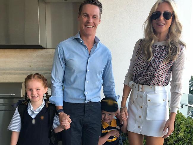 Oliver with his wife, Roxy Jacenko, and their two children Pixie and Hunter.