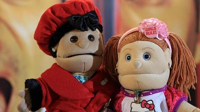 A controversial blogger has accused Vodafone Egypt of delivering a coded terror message via an ad starring well-known puppet Abla Fahita.