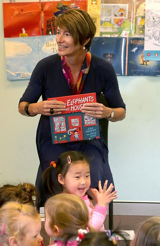 """Meet and greet: Margie Abbott reading book """"Too many Elephants in this house"""" to children"""