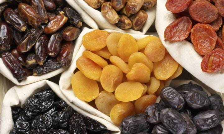 6 dried fruit