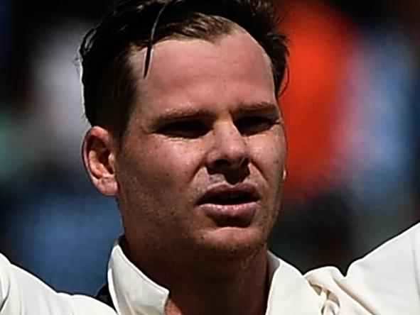 Smith's magical act wows Test great