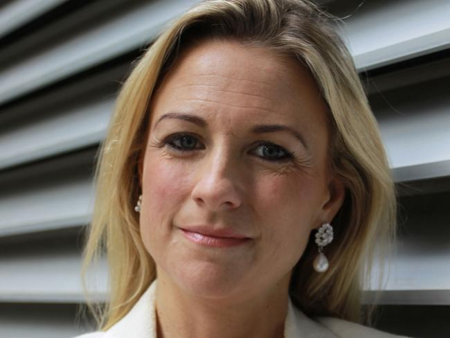 RateCity spokeswoman Sally Tindall said fixing your home loan comes down to personal choice.