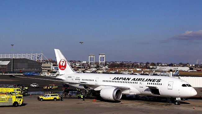 Japan Airlines Dreamliner fire