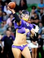 Penelope Cula-Reid of the Victoria Maidens throws a pass. Picture: Hamish Blair