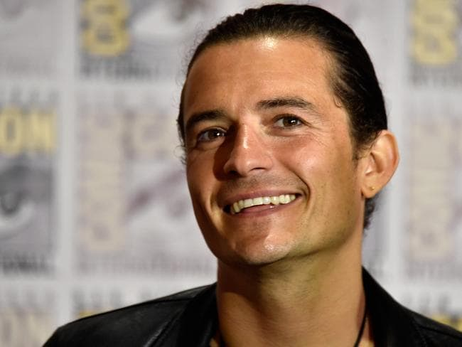 Hollywood hero ... Stars have taken to Twitter to show their support for Orlando Bloom after his bust up with Bieber. Abveo, Bloom promotes the latest Hobbit film at Comic-Con this week. Picture: Getty