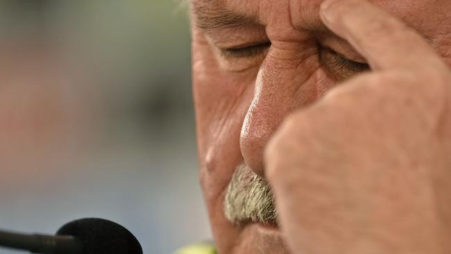 It's a tough time for Vicente Del Bosque.