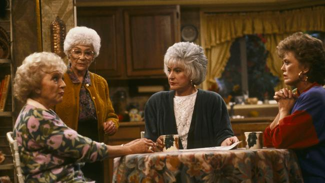 Betty white golden girls star on her celebrity crush and for Why did bea arthur leave golden girls