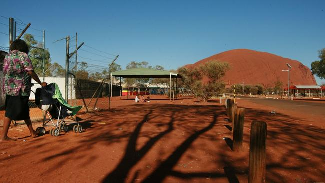 Many people from Mutitjulu, an indigenous community next to Uluru have moved to Alice Springs.