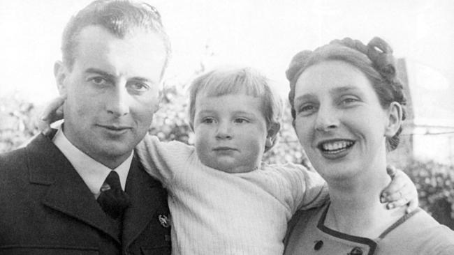Gough Whitlam and wife Margaret with the couple's first child, baby Anthony in 1944.