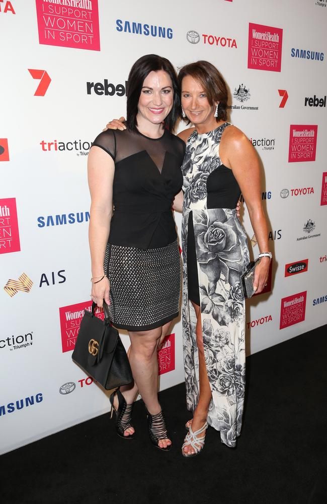 cyclist anna meares and surfer layne beachley picture richard dobson