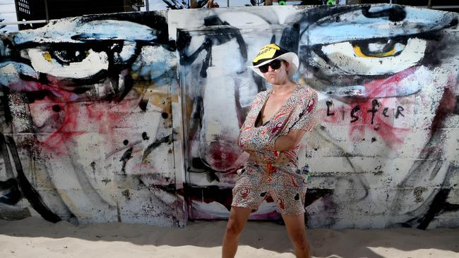 Artist Anthony Lister supporting the Cancer Institute's Pretty Shady Campaign. Pic: Chris Pavlich.