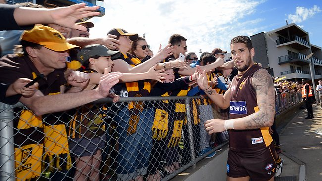 Hawthorn star Lance Franklin acknowledges Hawk fans at the club's public training session today at Waverley Park. Picture: Alex Coppel