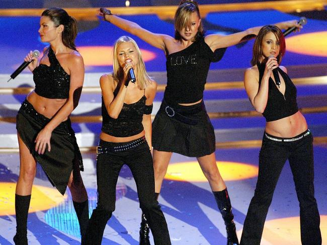The band perform at the International Indian Film Academy (IIFA) awards in 2002 before breaking up.