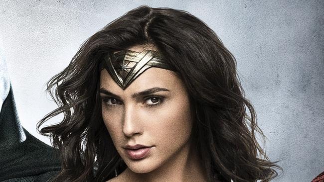 Wonder Woman A Lesbian  Says Comics Writer