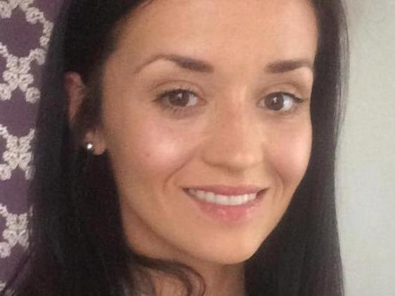 Vicky Veness, 30, from Cheltenham, shared a photograph of herself taken on the same day as her cancer diagnosis.